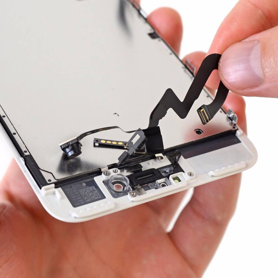 Thay camera trước iPhone 7